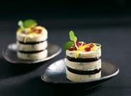 GRAND NOIR with red wine jelly